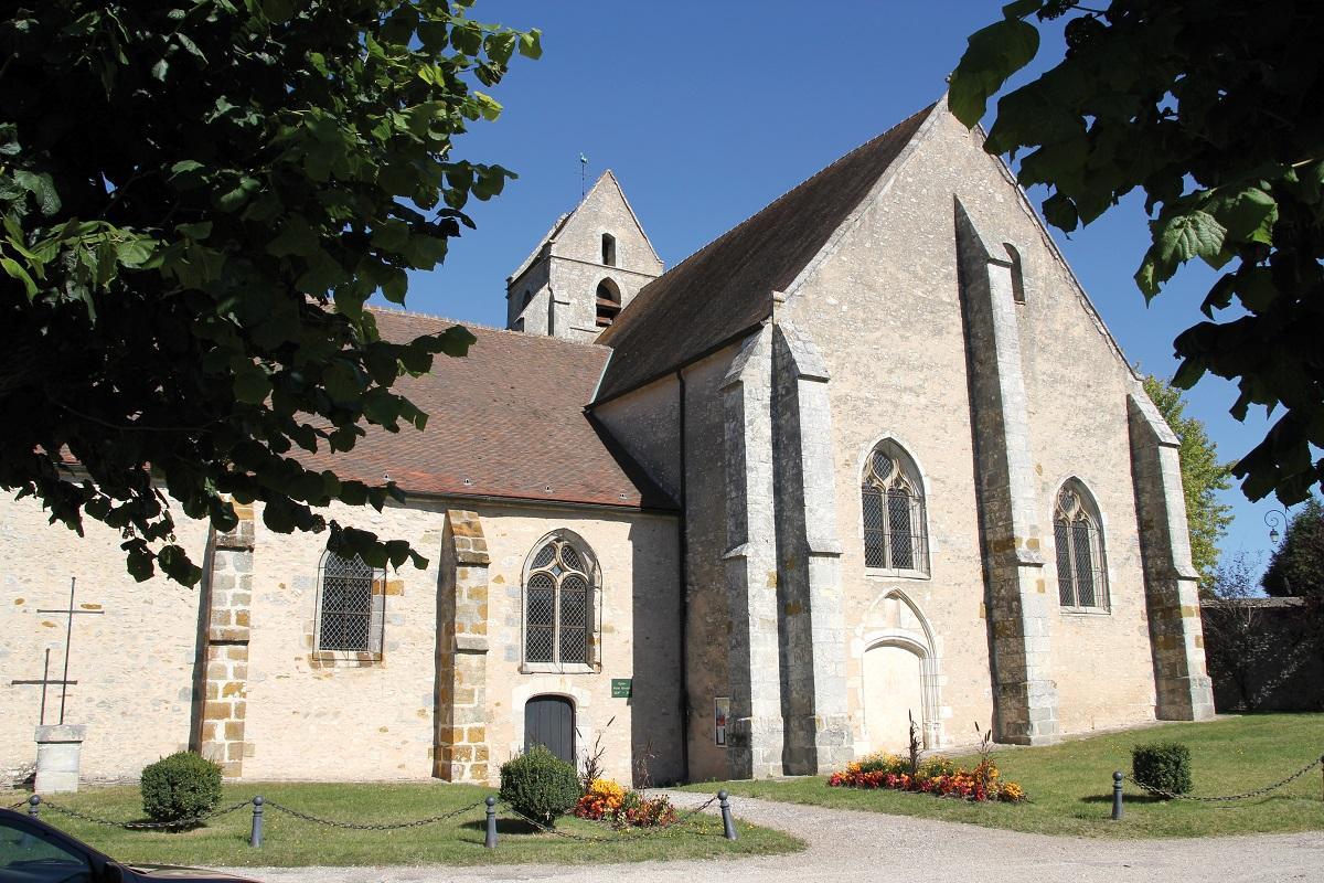 Eglise Saint Quentin de Brières les Scellés
