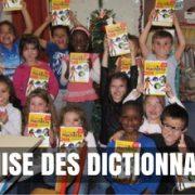 remise des dictionnaires à l'école de Brières les Scellés