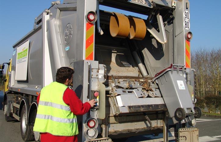 ramassage ordures poubelles à Brières